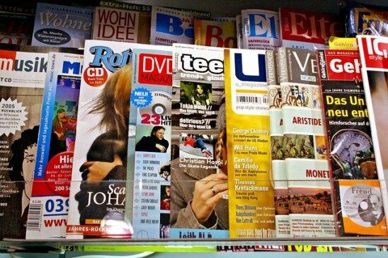 Cara Menulis Footnote dari Majalah dan Koran