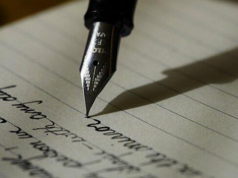 Contoh Karangan Deskripsi: Pengertian, Jenis dan Ciri