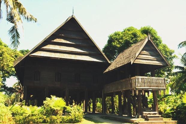Rumah Adat Boyang