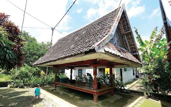 5 Rumah Adat Jawa Timur Serta Penjelasannya