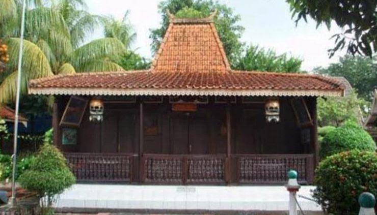Rumah Adat Joglo Situbondo