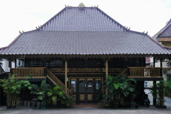 8 Rumah Adat Sumatera Selatan Serta Penjelasannya