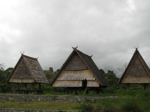 Rumah Adat Sulawesi Tengah Serta Penjelasannya