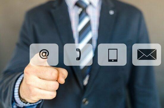 proses komunikasi bisnis