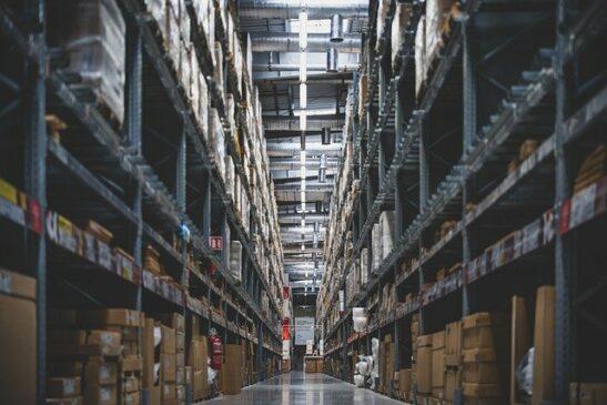 Manajemen Persediaan: Faktor dan Cara Menghitungnya