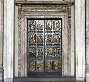 puerta-santa-en-basilica-de-san-pedro-en-roma-fondo