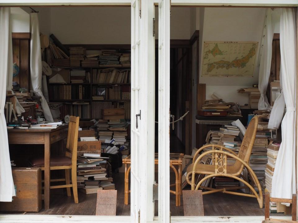『サツキとメイの家』書斎