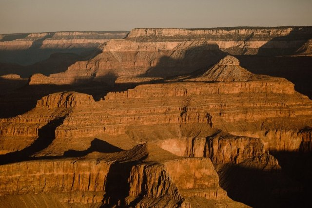 A sunrise photo at Yavapai point in the South Rim of the Grand Canyon by photographer Tami Keehn.
