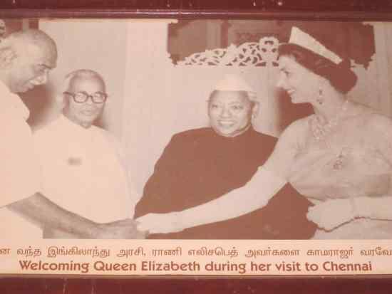 kamarajar photos Welcoming Brtish Queen