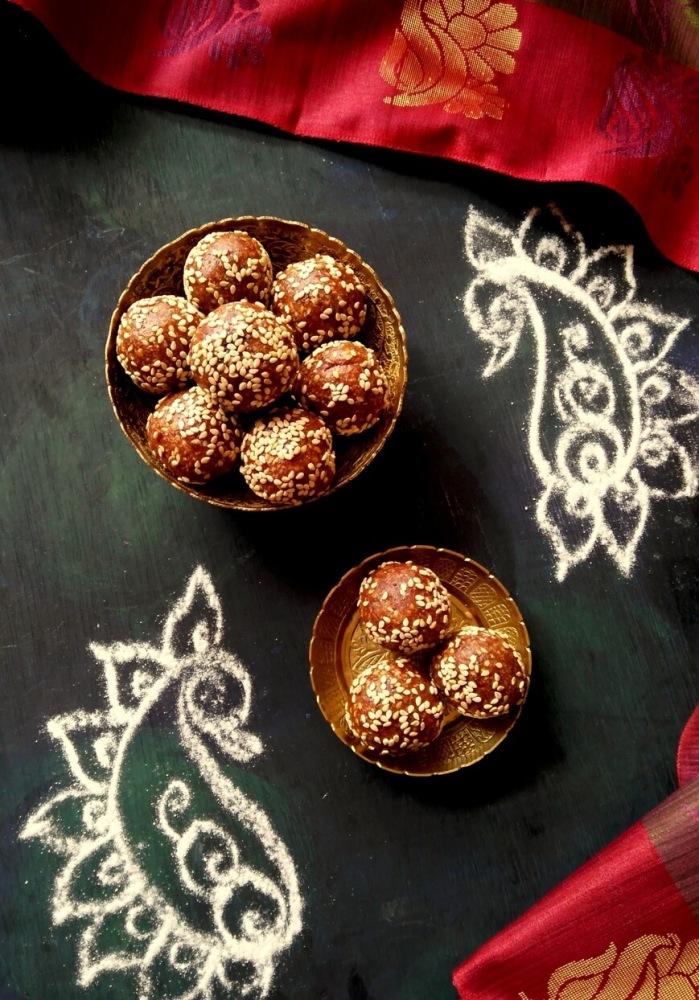 dates sesame laddu in tamil
