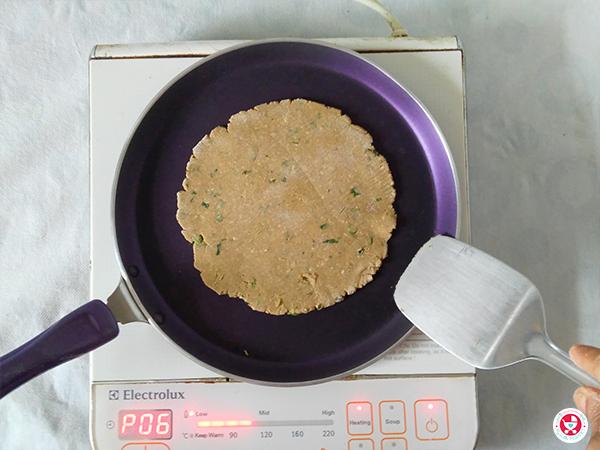 cook the paratha