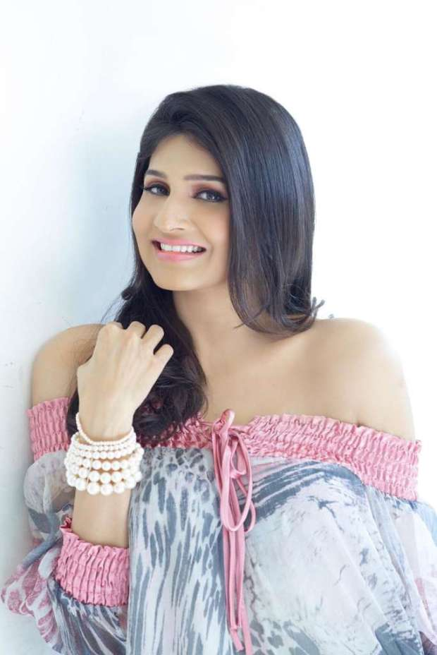 Actress Anjena Kirti Photoshoot Stills