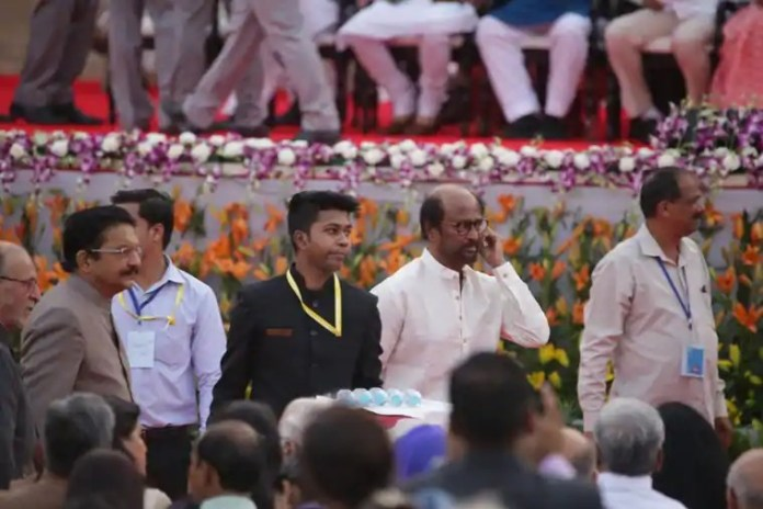 rajini in first row
