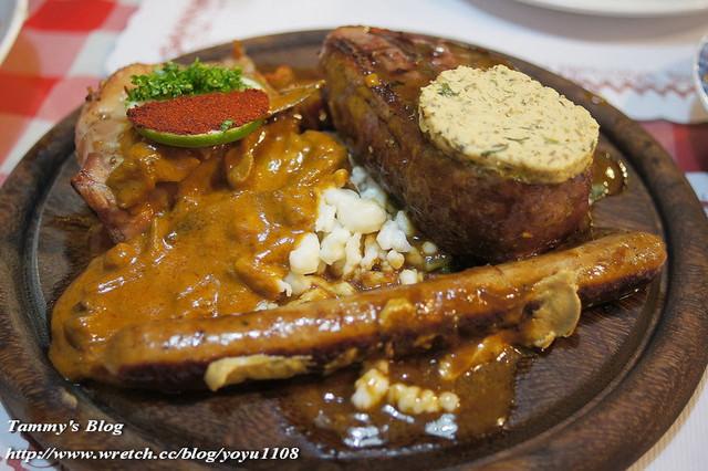 《屏東美食》墾丁。田園德式小餐館 好多肉的夜晚