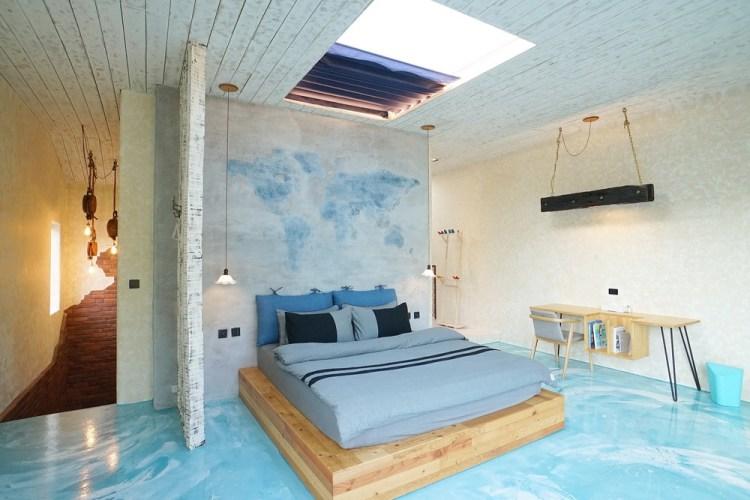《墾丁民宿》曲境Villa 恆春鎮上的獨棟民宿 戲水池/客廳/小廚房 根本渡假小天堂