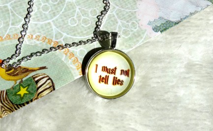 necklace-hp