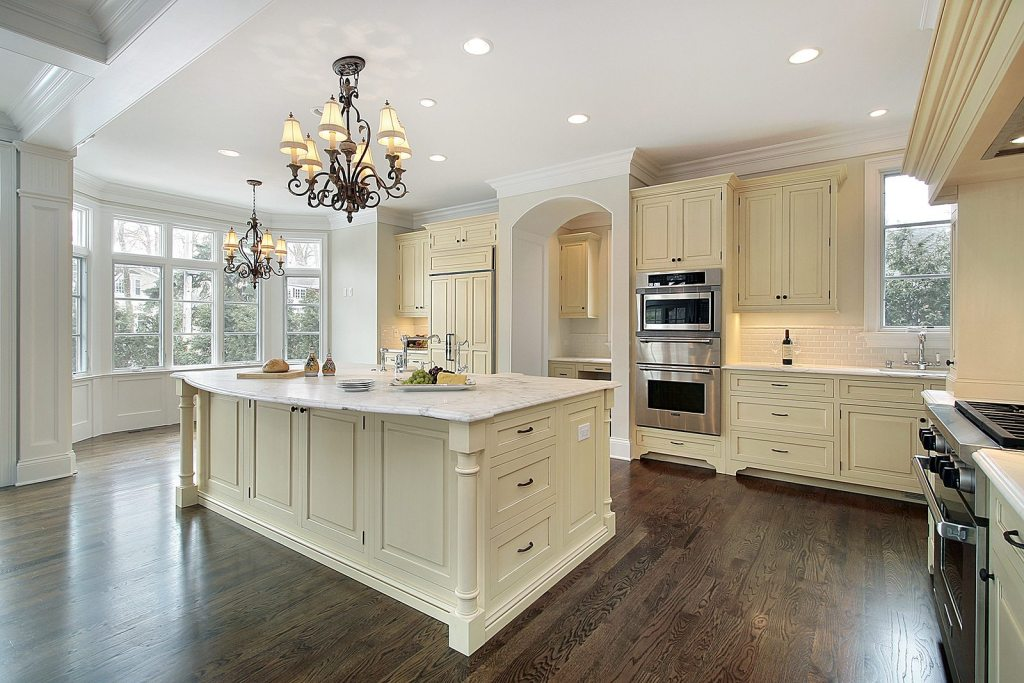 Should You Do a Major Kitchen Remodel Before You Sell Your Home in Tampa Bay?