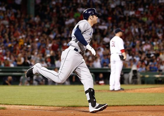 Evan Longoria rounds the bases after hitting his 21st homer of the season off Red Sox starter Jon Lester in the sixth inning, getting the Rays within 3-2. (Photo courtesy of Getty Images)