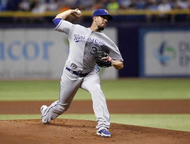 James Shields pitches during the first inning at Tropicana Field. (Photo courtesy of Brian Blanco/Getty Images)
