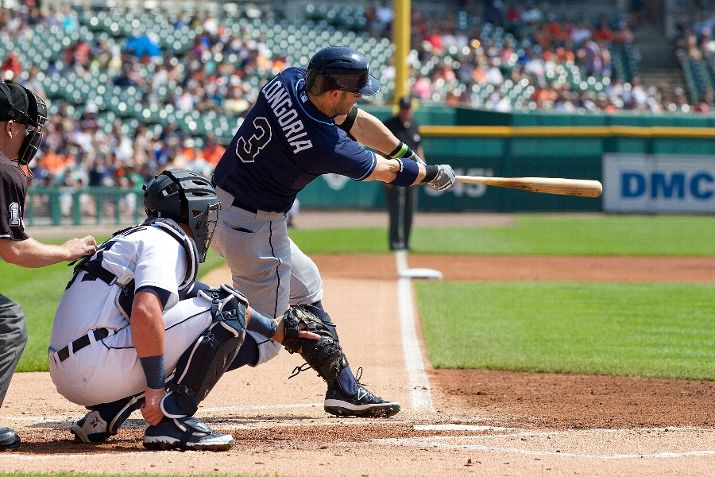 Evan Longoria hits for a single in the first inning. The Tigers defeated the Rays 5-4. (Photo Credit: Dave Reginek/Getty Images)