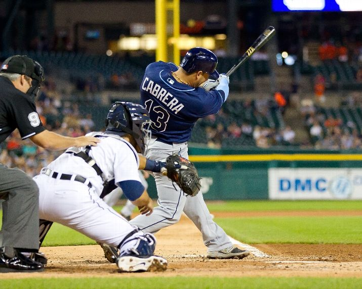 Asdrubal Cabrera hit a double in the fourth inning to drive in two runs during the series finale with the Detroit Tigers on September 9, 2015. (Photo Credit: Dave Reginek/Getty Images)