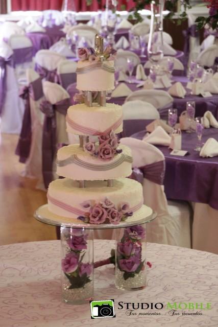 Cake flowers on glass