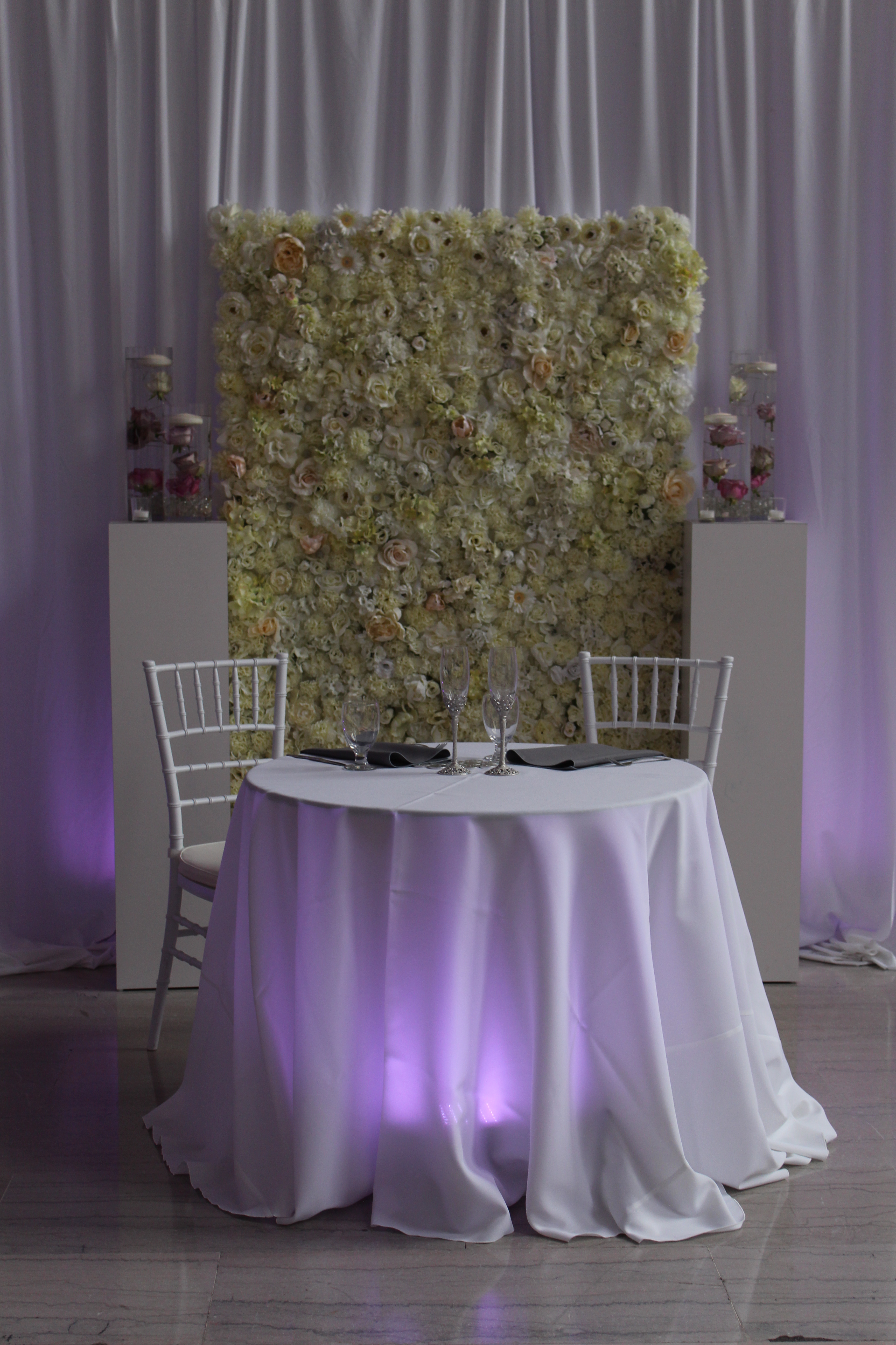 Wedding Reception Without Chair Covers Wedding Decoration
