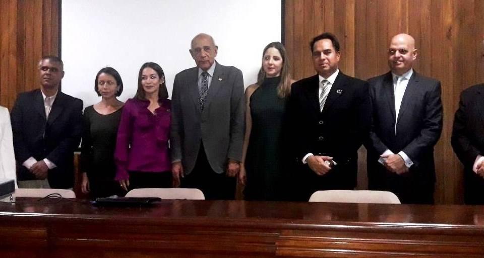 El Presidente de la Cámara Inmobiliaria de Venezuela juramenta las autoridades del estado Mérida.