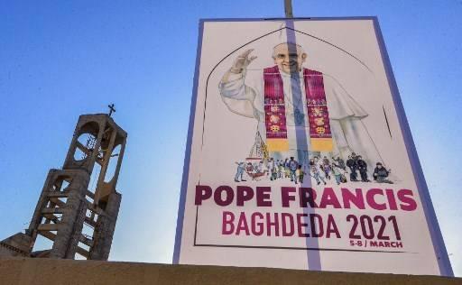 Por primera vez en la historia, un papa visitará a partir del viernes Irak para reconfortar a la minoría cristiana diezmada por los conflictos y la dureza de la vida y tender la mano, en un gesto espectacular, al islam chiita.