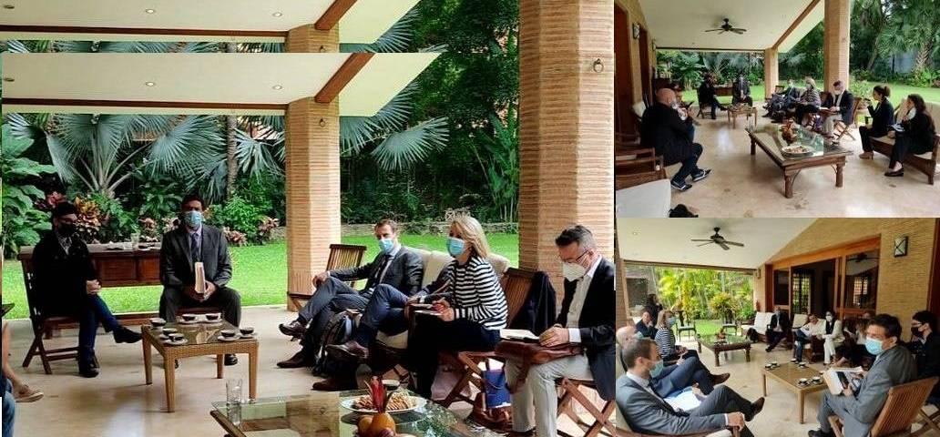 La misión exploratoria de la UE llegó al país un día antes, mientras se desarrollaba un operativo policial en el oeste de Caracas.
