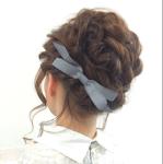卒業式用のミディアムの髪型2017!編み込みのアレンジ方法を紹介!
