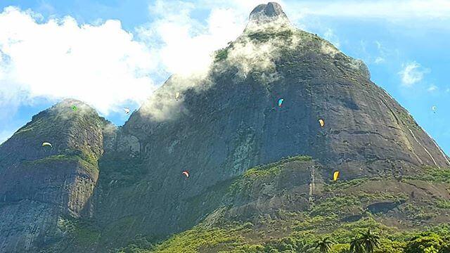 Decolagem no Voo de Parapente no Rio, Pedra Bonita Rio de Janeiro