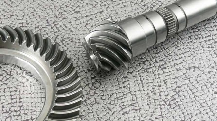 Kegelradsatz geradverzahnt ohne Achsversatz - Alfa Romeo 75 TS