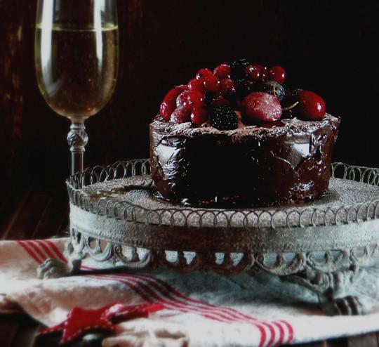 Čokoladna šampanj torta