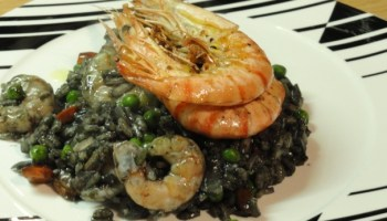 Nero Risotto with Peas and Prawns Hints Of Angelica