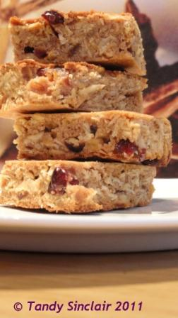 Cranberry And Oat Slices For The Something Sweet Challenge: Cranberries