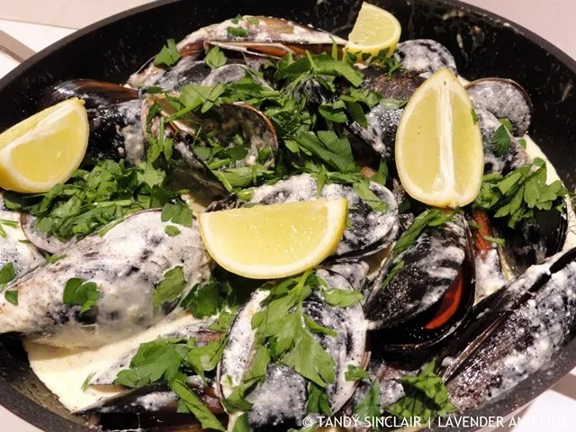 Pernod Mussels