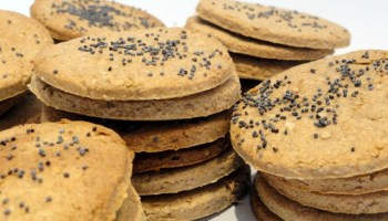 Poppy Seed Crackers