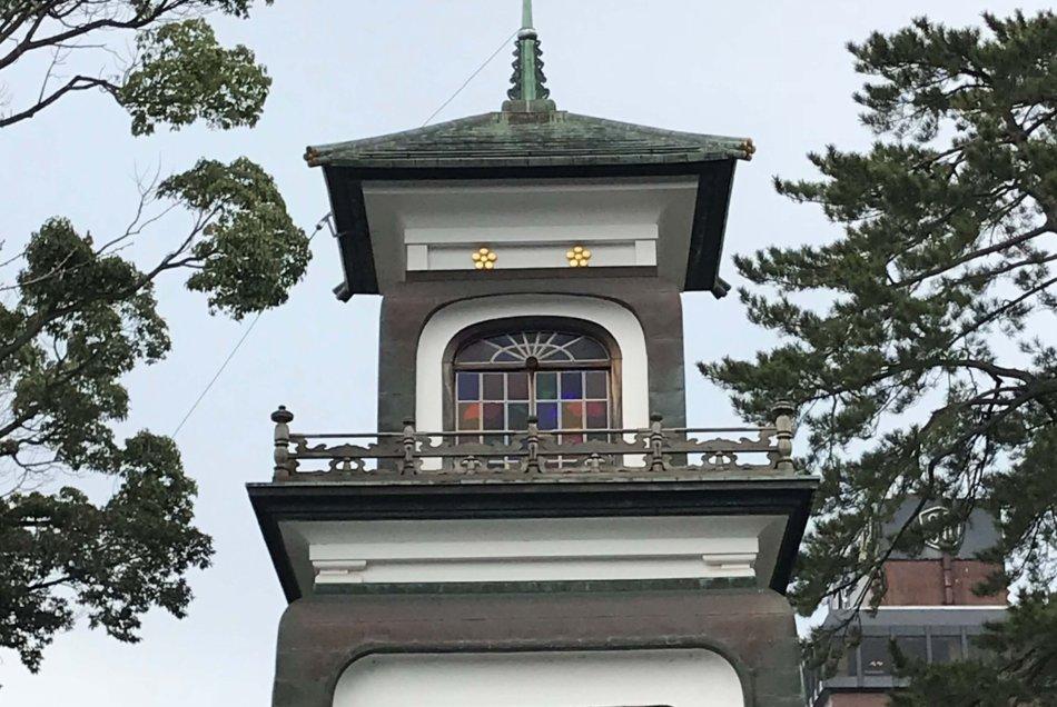 尾山神社 神門 近景