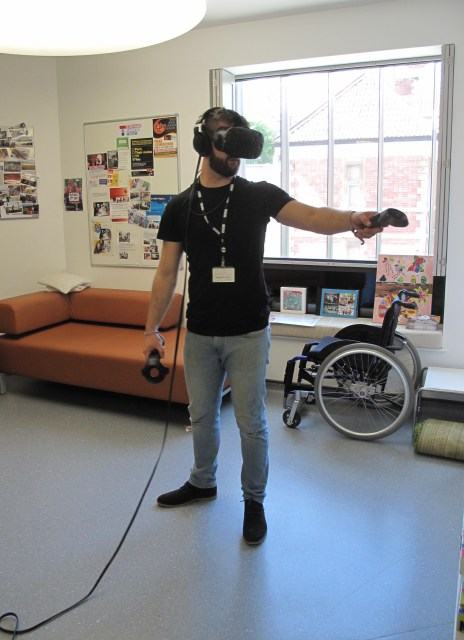 bbc-joe-hope-vr-set-up
