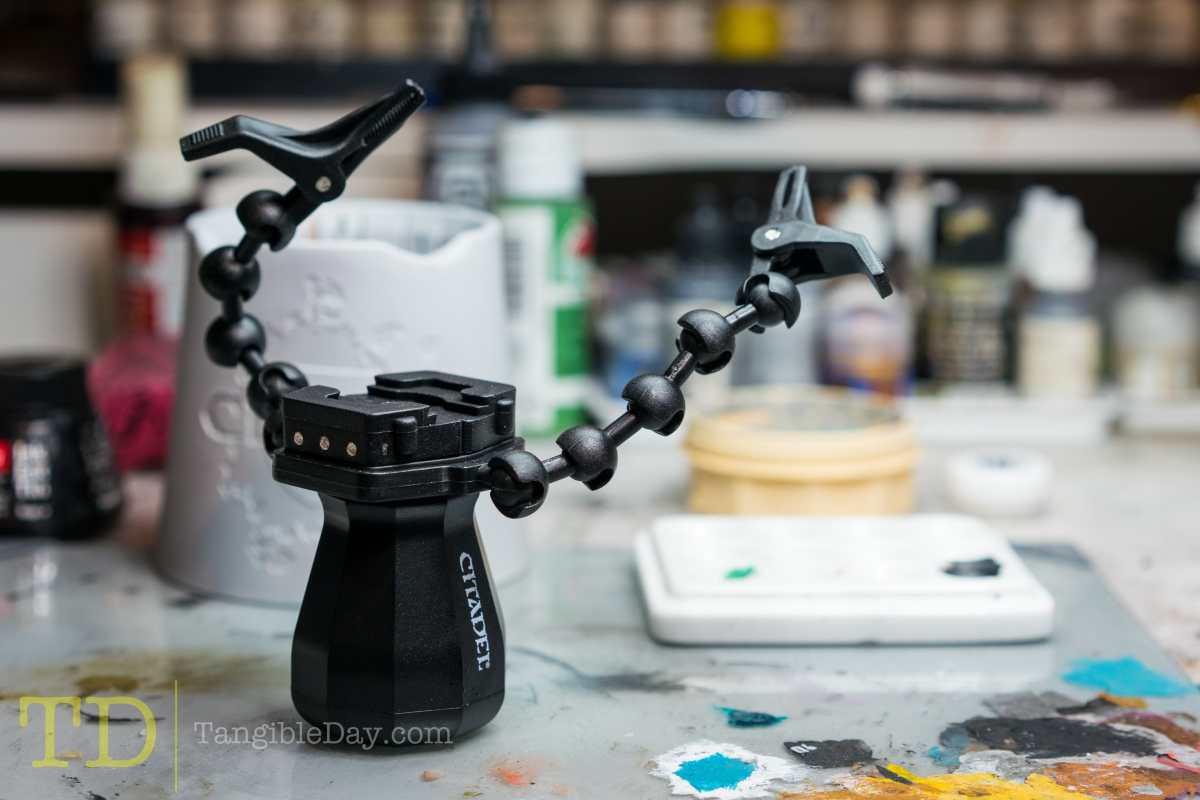 Games Workshop Citadel Painting Handle, XL Painting Handle, and Assembly Painting Handle Review - Worth it?