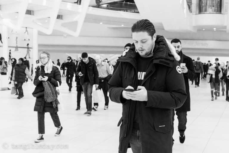 Best lens for street photography? 40mm voigtlander review - 40mm black and white images - street photography with 40mm - best 40mm lens - voigtlander 40mm review - sony voigtlander 40mm - black and white photography