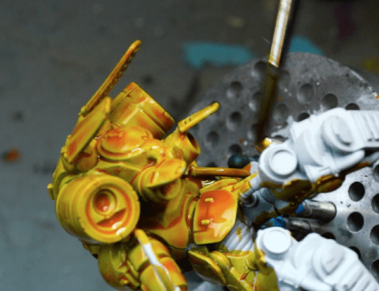 How to Paint Yellow Space Marines (Easy and Fast) - how to paint yellow models and miniatures - citadel contrast yellow paint back side