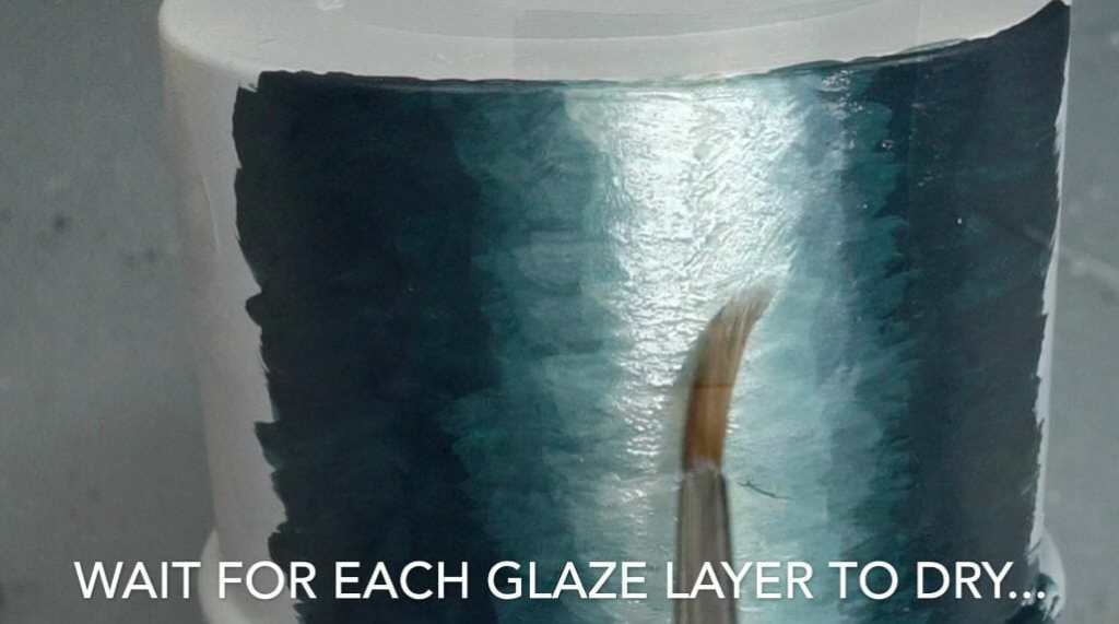 How to layer and glaze miniatures. Layering and glazing paint on miniatures and models for blending color. How to layer and glaze to blend miniature paint. Blending tutorial for painting miniatures. How to make glazes for blending acrylic paint. Make sure your glazes dry