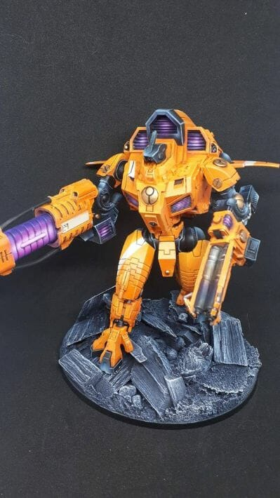 Tau sept color schemes, caste color schemes for Tau, T'au paint color scheme ideas – Grimdark Tau style, Blachitsu Tau painting, how to paint Tau miniatures, Games Workshop Tau paint schemes – How to paint grimdark Tau – painting Blanchitsu Tau - glow effects