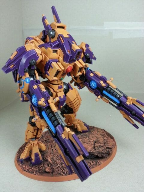 Tau sept color schemes, caste color schemes for Tau, T'au paint color scheme ideas – Grimdark Tau style, Blachitsu Tau painting, how to paint Tau miniatures, Games Workshop Tau paint schemes – How to paint grimdark Tau – painting Blanchitsu Tau - purple and orange tau