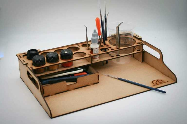Best miniature painting cases, portable hobby paint station, and miniature paint workstations for modeling and hobbyists – Best portable hobby workstation for painting miniatures and models – tips and guide for paint organizers - model paint case and box - home base modular miniature painting station