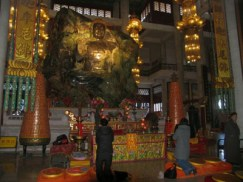 le plus grand bouddha en jade