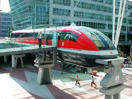 Kereta Api Bandara Soetta Akan Beroperasi Mulai Juli 2017