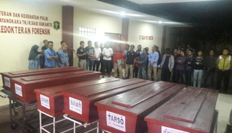 Jenazah Korban Pembunuhan di Pulomas Dibawa Pulang Keluarga Untuk diKuburkan